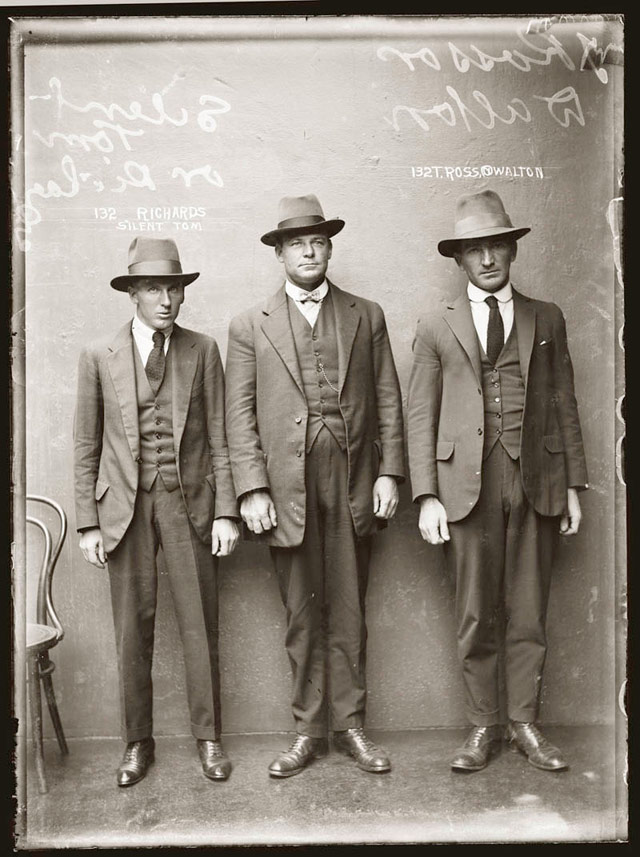 1920 S Old Schools Vintage Wardrobe Mugs Shots Gangsters Men Fashion Mugshots 1920s Photo