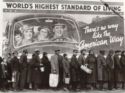 Margaret Bourke-White - Bread Line during the Louisville flood, Kentucky, 1937