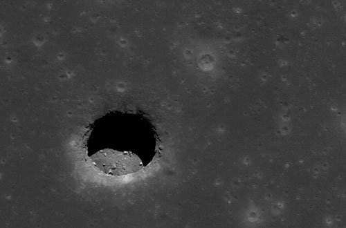 Moon hole
