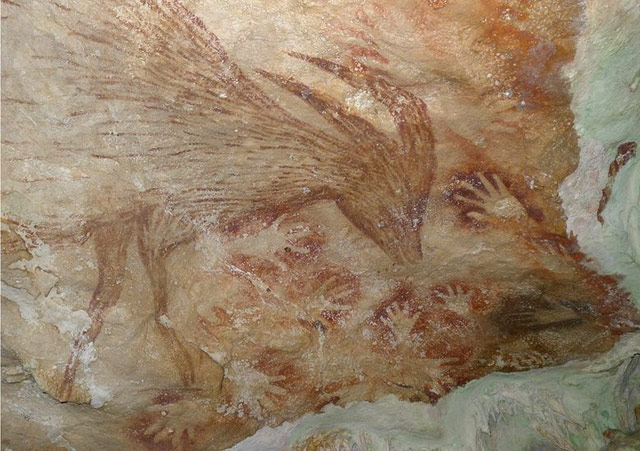 40,000 year-old cave paintings found in Indonesia