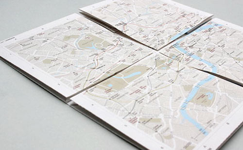 Zoomable paper map